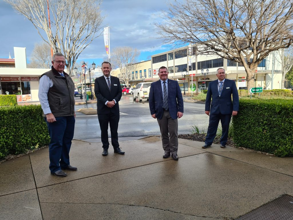 Dugald with Parkes MP Mark Coulton, Dubbo Regional Council Mayor Ben Shields and CEO Michael McMahon